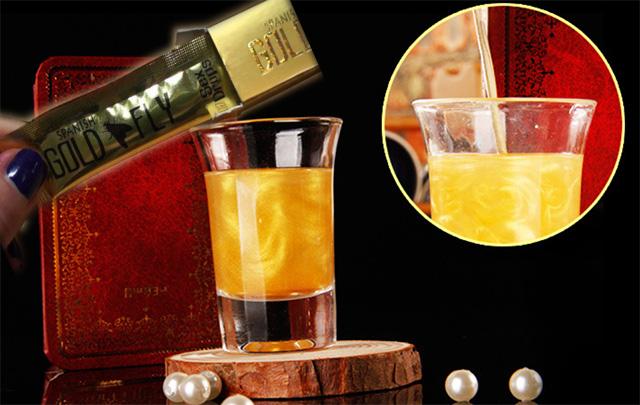 Pha thuốc kích dục nữ ruồi vàng với đồ uống